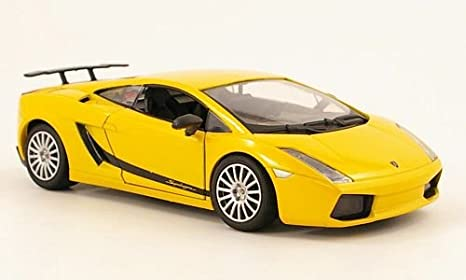 Amazon Com Lamborghini Gallardo Superleggera Metallic Yellow 0