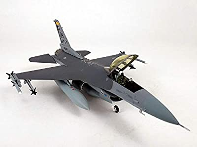 Lockheed Martin F-16 (F-16C) Falcon with Display Stand - 1:72 Scale Diecast Model