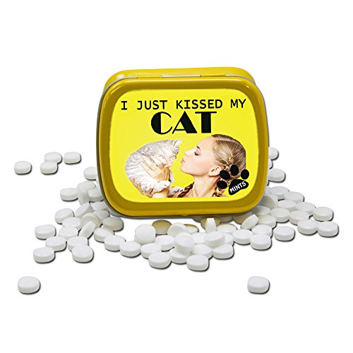 I Just Kissed My Cat Mints – Funny Gift for Cat Lovers – Crazy Cat Lady Gifts – Funny Mint Tins – Stocking Stuffers for Cat People – Wintergreen Mints by Gears Out 41WM3ihzDvL
