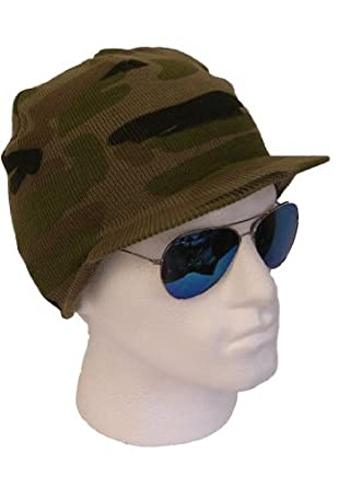 MENS GREEN ARMY CAMOUFLAGE PATTERN PEAK BEANIE HAT WINTER SKI CAP   Amazon.co.uk  Clothing ccf9ef2ab761