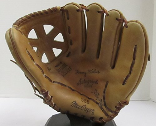 VINTAGE TOMMY HELMS AUTOGRAPH MODEL 555 BASEBALL GLOVE - MADE BY MACGREGOR MODEL 555 (GREAT FOR MANCAVE DISPLAY OR BASEBALL THEMED DECOR) FREE SHIPPING (555 Models)