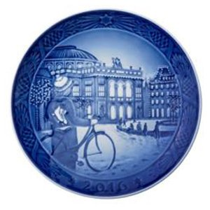 Royal Copenhagen 1016856 Christmas Plate 2016
