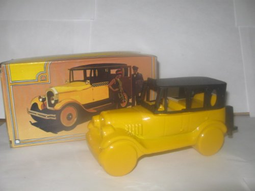 Avon Rare Collectible Decanter Vintage 1926 Checker Cab with 5 Fl. oz. Everest After Shave New in Box