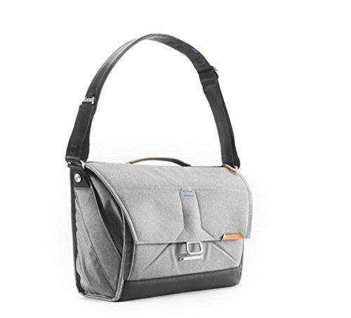 Peak Design Everyday Messenger Bag 15'' (Ash) by Peak Design (Image #5)