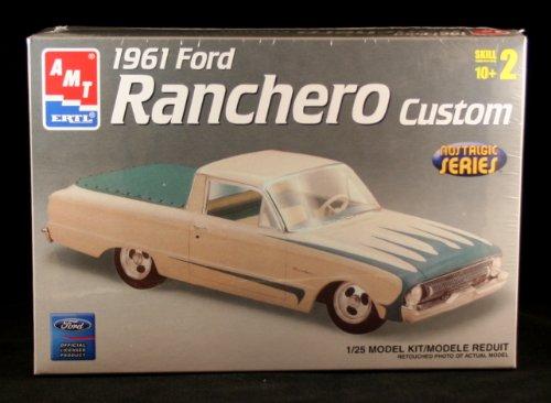 1961 FORD RANCHERO CUSTOM * Nostalgic Series * Skill Level 2 Plastic 1:25 Scale Model Kit (Model 25 Scale Plastic)