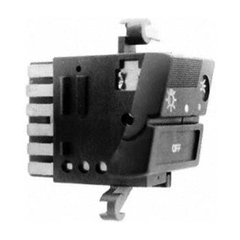 Standard Motor Products DS142 Headlight Switch