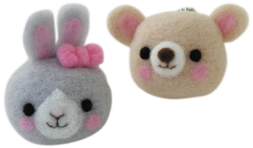 Hamanaka H441-357 Aclaine Felt Wool Mascot Screen Cleaner Rabbit & Bear Kit