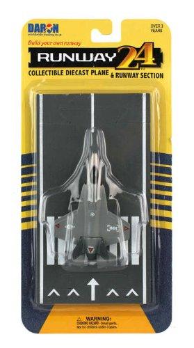 (Daron Worldwide Trading Runway24 Joint Strike Fighter Vehicle)