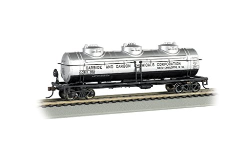 - 40' Three Dome Tank Car - Carbide and Carbon Chemicals #303 - HO Scale