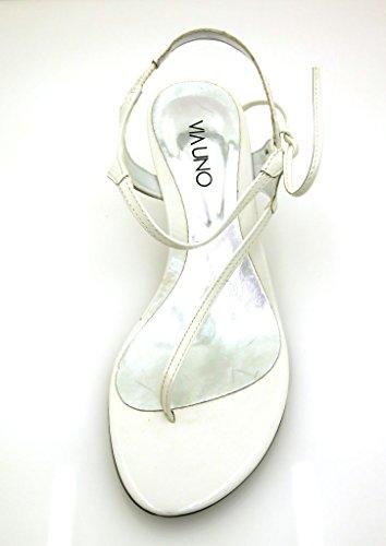 Via Uno Sandalia de la correa del dedo del pie Sandalias Piel charol Zapatos mujer Blanco