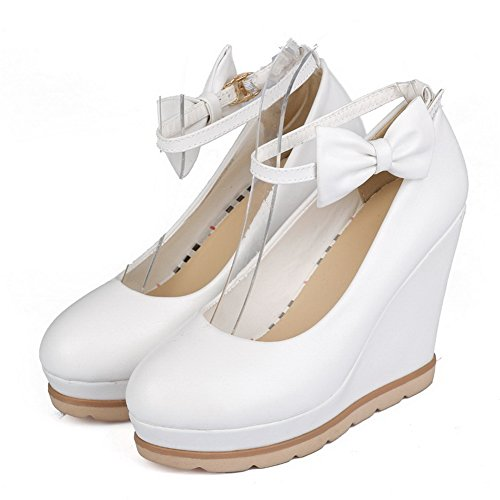 Material White Toe Women's Pumps Soft Closed Snap Wristbands Solid Metal WeiPoot with TqE6ZwZ
