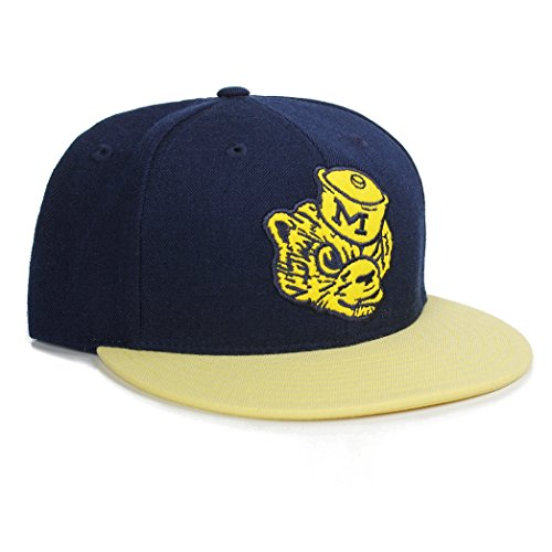 Adidas NCAA National College Michigan Wolverines Mascot Flat Bill Visor Snapback Hat Cap