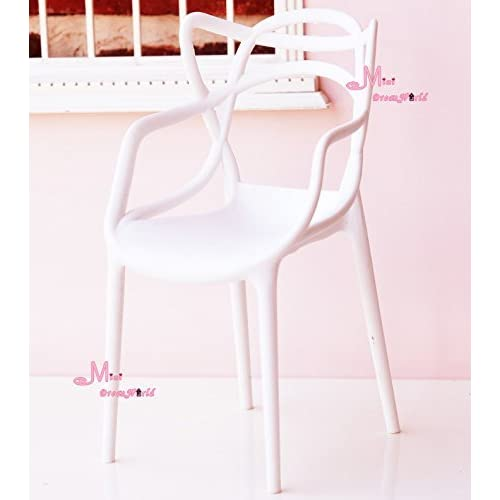 1/6 Scale Art Decor Plastic Chair White Color for barbie BJD Doll Dollhouse Miniature