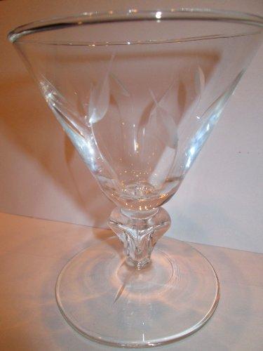 Cut Crystal Stemware with Long Stem Leaf Design (Apx 5