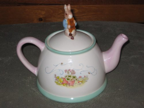 2002 BEATRIX POTTER PETER RABBIT PORCELAIN TEAPOT TELEFLORA