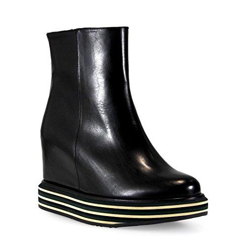 Paloma Barcelo Virginia Schwarz Ankle Boot