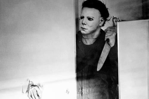 Halloween Michael Myers holding large knife 11x17 Mini Poster ()