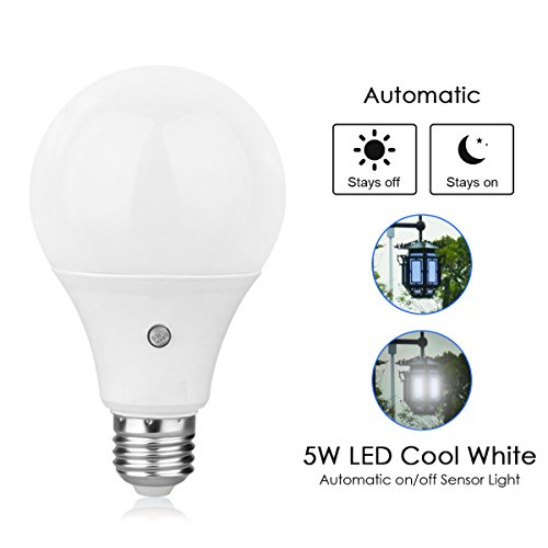 TOPCHANCES E27 Dusk to Dawn Auto Sensor Light Bulb Sensor LED Lamp Bulbs for Home Indoor &Outdoor Park Courtyard -5W (6000K Cool White) Review