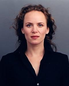 Nina Munk