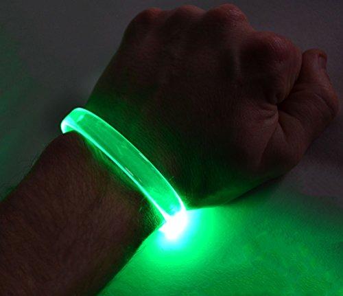 (GlowCity LED Light Up Bracelets)