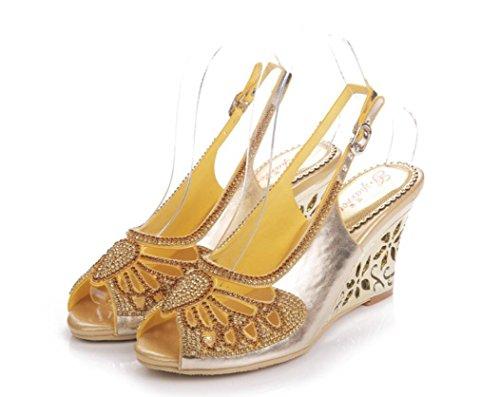 SHFANG Sandalias de las señoras Verano de tacón alto Poe pez boca Rhinestones zapatos de boda banquete de fiesta formal de oro de 8 cm gold (wedge heel)