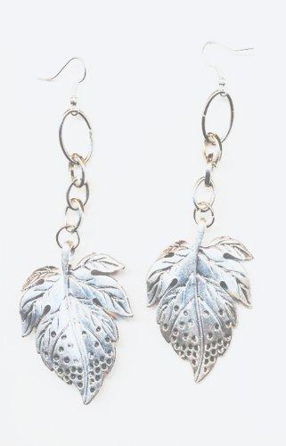 1 paire Boucles d'oreilles metal, perles feuilles et Accessoires argentes.