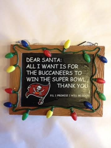 FOCO Tampa Bay Buccaneers Resin Chalkboard Sign Ornament Beans Christmas Ornament