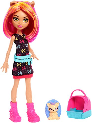 Monster High Monster Family Howleen Wolf Fashion Doll & Pet Hedgehog