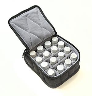 16-bottle-essential-oil-carrying-cases-hold-5ml-10ml-and-15ml-bottles-black-with-light-grey-interior