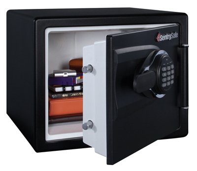 SENTRY OS0500 Electronic Fire Safe