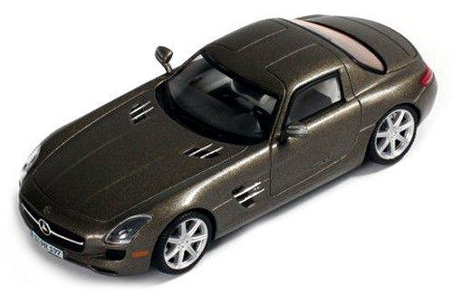 ixo 1/43 Mercedes-Benz SLS AMG 2010 gray