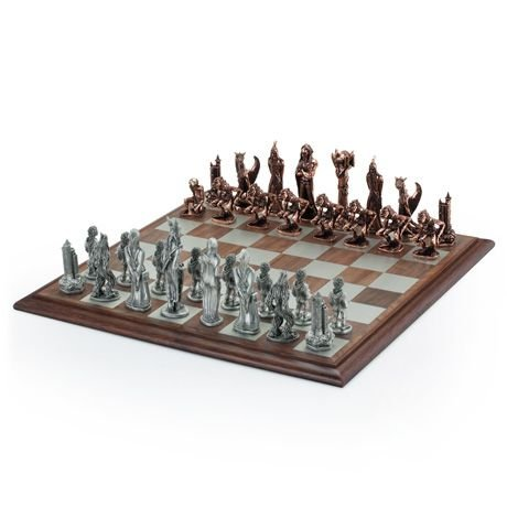 Royal Selangor The Lord of The Rings - War of the Rings Chess Set