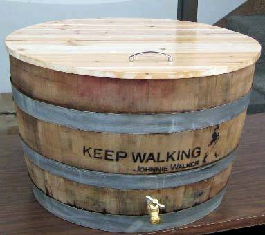 MGP Oak wine barrel cooler with lid, natural