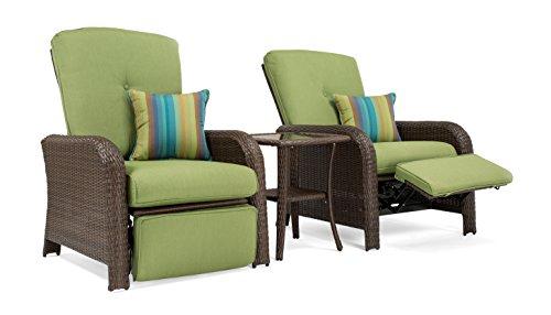 La-Z-Boy Outdoor Sawyer 3 Piece Patio Furniture Recliner bundle (2 outdoor recliners and 1 side table) (Cilantro Green)