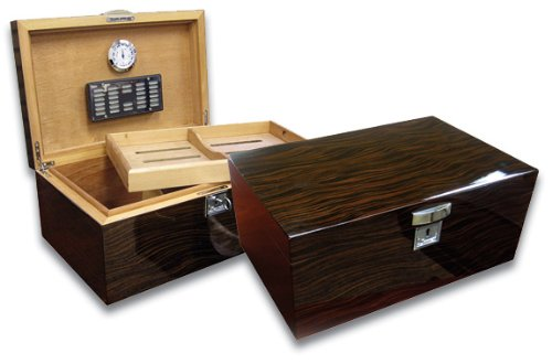 Prestige Import Group - Princeton Wood Spanish Cedar Humidor - Color: Ebony ()