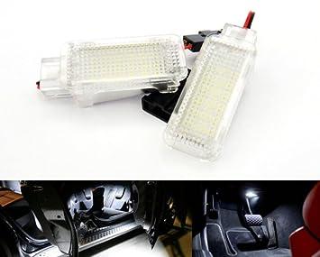 2 x LED interior cortesía pie bajo puerta luz blanca para A3 A4 A5 A6 Q5 TT,Golf Passat Scirocco Tiguan 997 Boxster: Amazon.es: Coche y moto