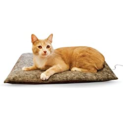 """K&H Pet Products Amazin' Thermo-Kitty Pad Gray 15"""" x 20"""" 4W (Heated) Traps Cat Hair and Dander!"""