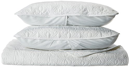 Madison Park Quebec Dusty Pale White 3-Piece Quilted King Coverlet Set-For King or Cal King Bed -Ideal For Warm Climate Room Décor or Add-on For Extra Warmth
