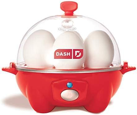Dash Rapid - Huevera eléctrica Olla eléctrica para huevos duros, huevos escalfados, huevos revueltos u omelettes, con función de apagado automático, capacidad para 6 huevos, Rojo, 1