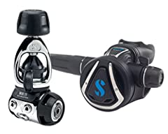 The Mk11/C370 is a great choice for dive-trekkers. The balanced diaphragm Mk11, with its chrome-plated brass body specially designed to reduce size and weight, is an ideal travel companion. Its system features internal parts that are sealed f...