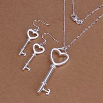 pixel-jewelry-1985-fashion-women-925-sterling-silver-plated-heart-key-earring-necklace-jewelry-set
