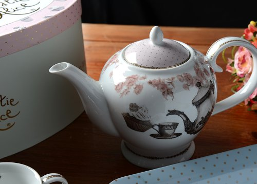Creative Tops Katie Alice Cupcake Couture Porcelain Six Cup Tea Pot Hat Box