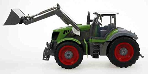 1/28 Scale 8 Channel Remote Controlled Farm Tractor With Large Trailer