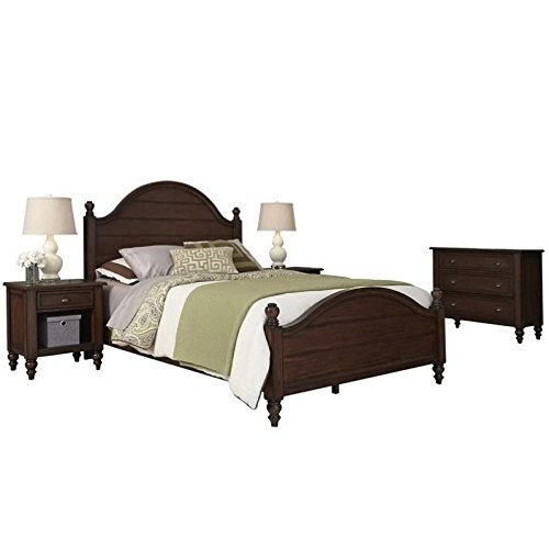 Home Styles 5522-5031 Country Comfort Queen Bed, Two Night Stands and Chest, Aged Bourbon Finish ()