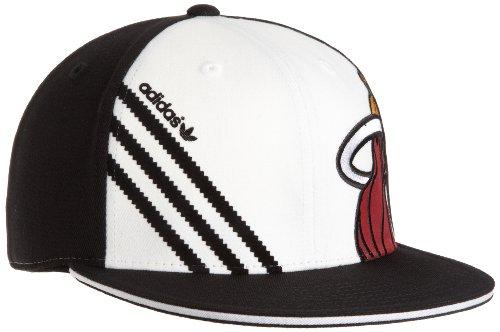 (NBA Miami Heat Flat Brim Flex Hat - Tx53Z, Small/Medium , Team Color , White/Black)