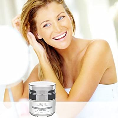 Anti Aging Retinol Moisturizer Cream: for Face, Neck & Décolleté with Retinol and Hyaluronic Acid. Best Day and Night Anti Wrinkle Cream for Men and Women