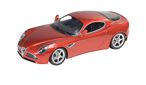 Kyosho WELLY 1/18 Alfa Romeo 8C Competizione Rojo: Amazon.es ...