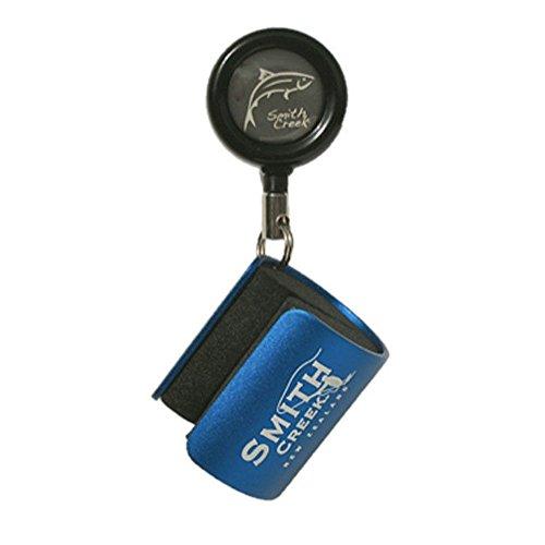 smith-creek-rod-clip-wearable-fishing-rod-holder-blue