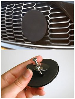 Single grill badge holder for MINI Cooper