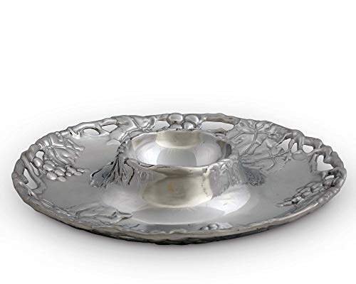 (Arthur Court Grape 14-Inch Round Chip and Dip Tray)